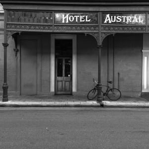 1 Austral Hotel